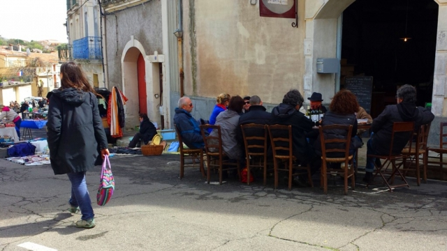 Vide Grenier (Street sale) Caux, Languedoc