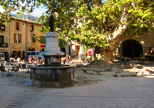 Central Square: St Guilhem le Desert, Languedoc, France