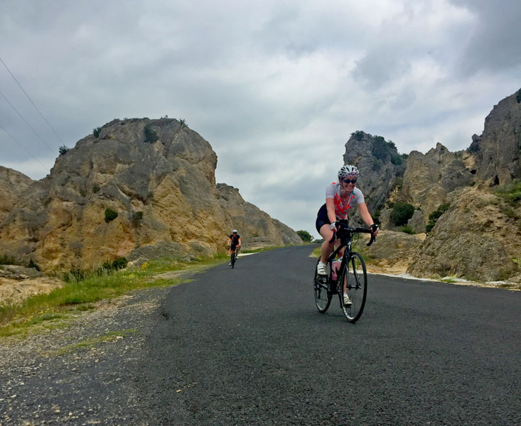 Spring cycle tour at Cirque de Moureze