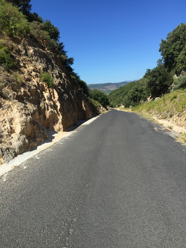 Start of the descent: cycling at Cirque de Moureze