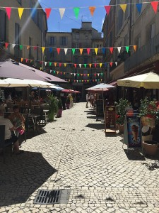 Outdoor cafes in Sommieres