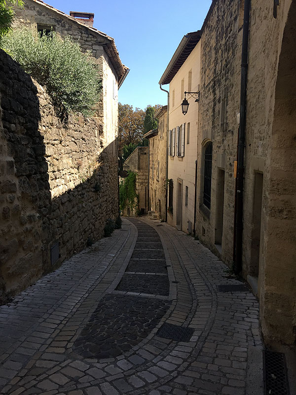 Narrow winding streets of Uzès, Languedoc