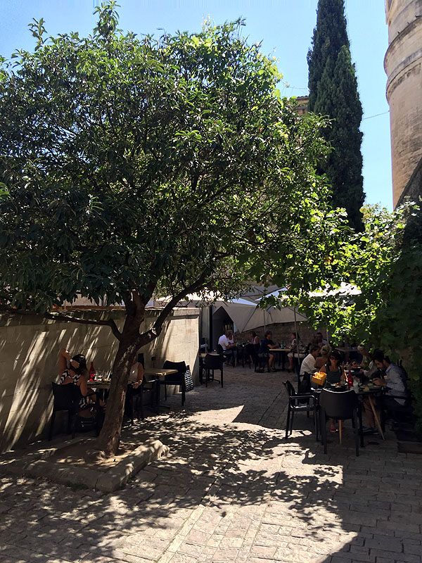 Cafe in Uzès, Languedoc