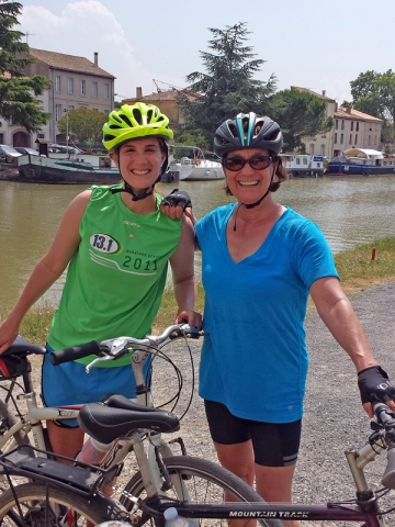 Cycling the Canal du Midi at Homps